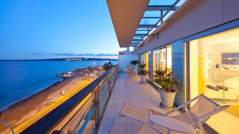 Luxury Apartment for rent CANNES, 140 m², 3 Bedrooms,