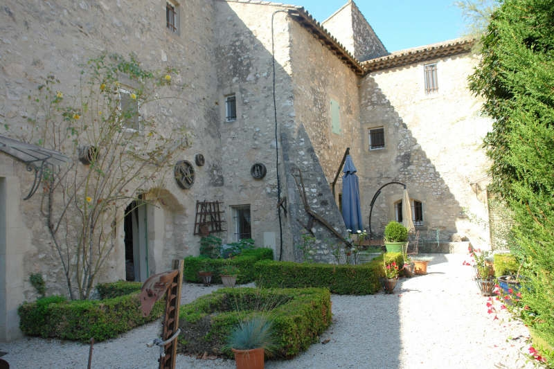 Luxury House for rent EYGALIERES, 6 Bedrooms, €6000/month
