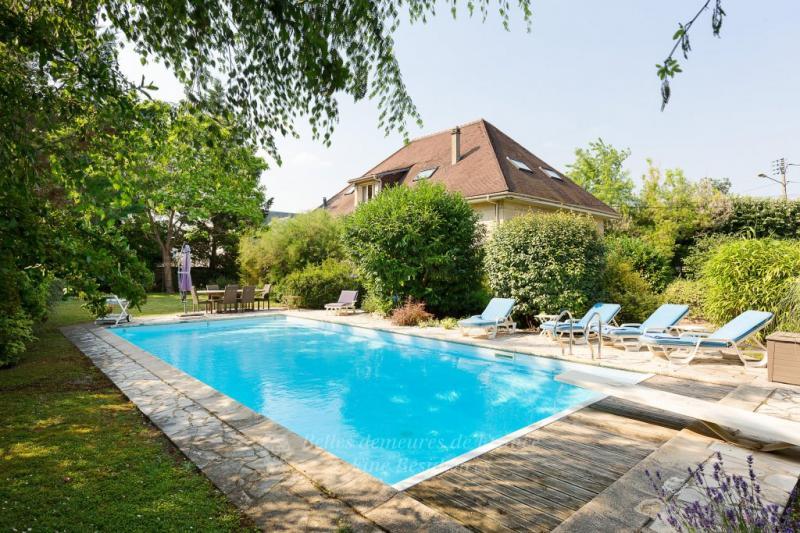 Maison de prestige CHATOU, 300 m², 5 Chambres, 2625000€