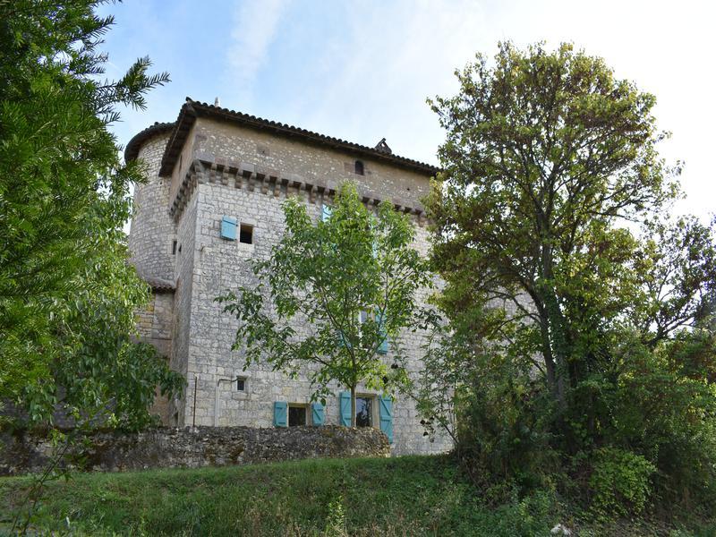 Sale Prestige Castle ALOS
