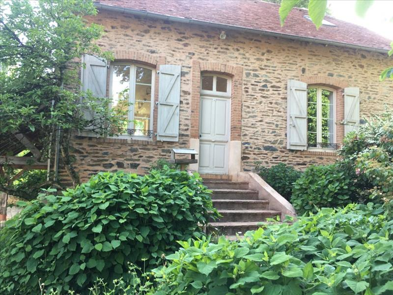 Location Maison de prestige SAINT YRIEIX LA PERCHE