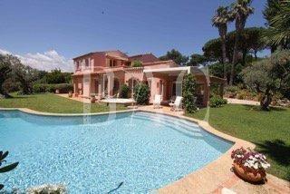 Verkoop Prestigieuze Villa SAINT TROPEZ