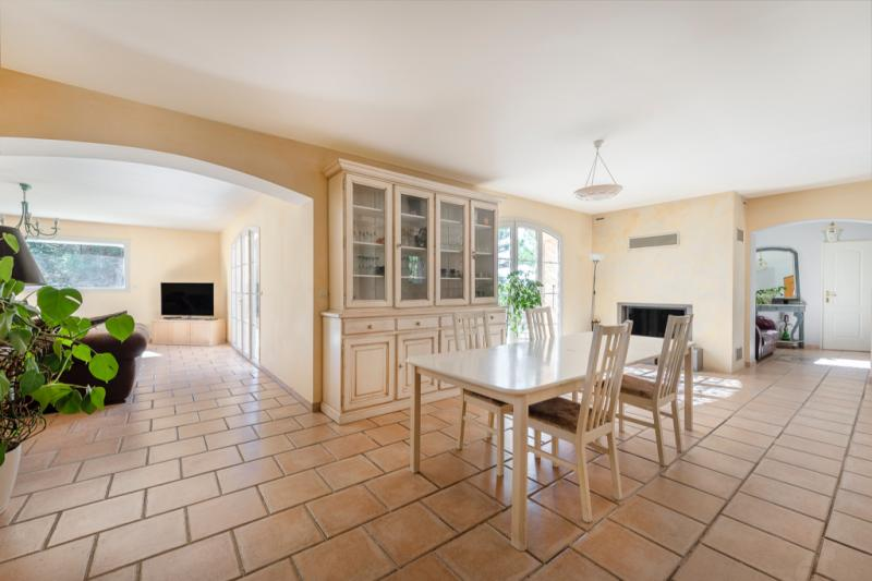 Maison de prestige SAINT MARC JAUMEGARDE, 205 m², 5 Chambres, 1095000€