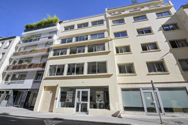 Sale Prestige Apartment building PARIS 17E
