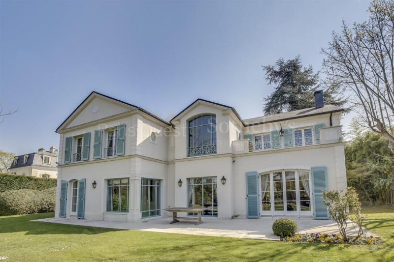 Maison de prestige LE VESINET, 417 m², 7 Chambres, 3800000€
