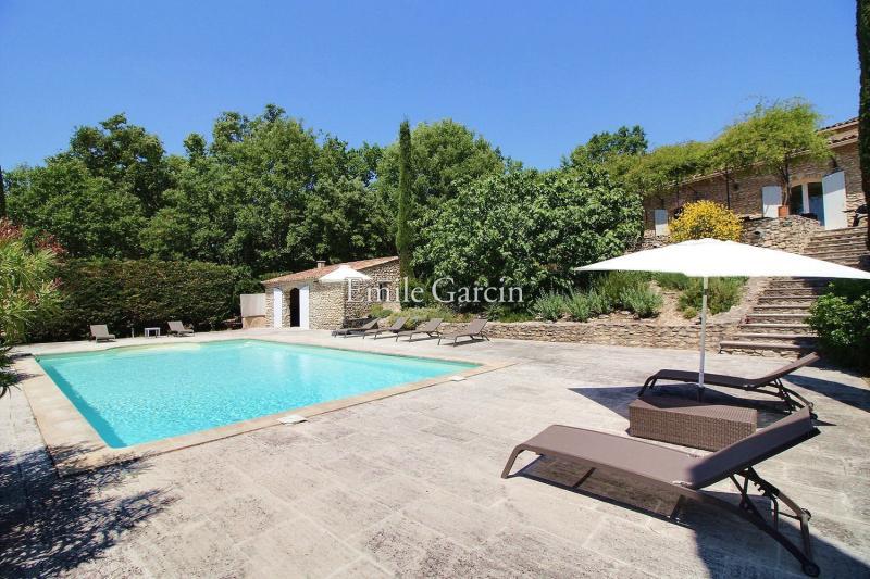 Casa di lusso in affito LOURMARIN, 210 m², 3 Camere,