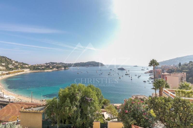 Luxury House for rent VILLEFRANCHE SUR MER, 275 m², 5 Bedrooms,