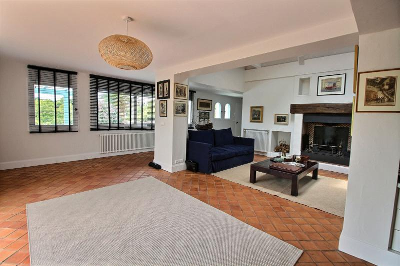 Rental Prestige House ARBONNE