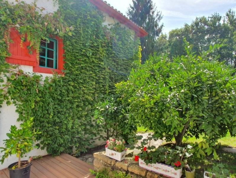 Prestige House VILLEFRANQUE, 400 m², 6 Bedrooms, €863000