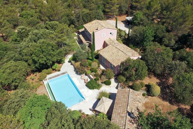 Villa de prestige GOULT, 210 m², 4 Chambres, 1390000€