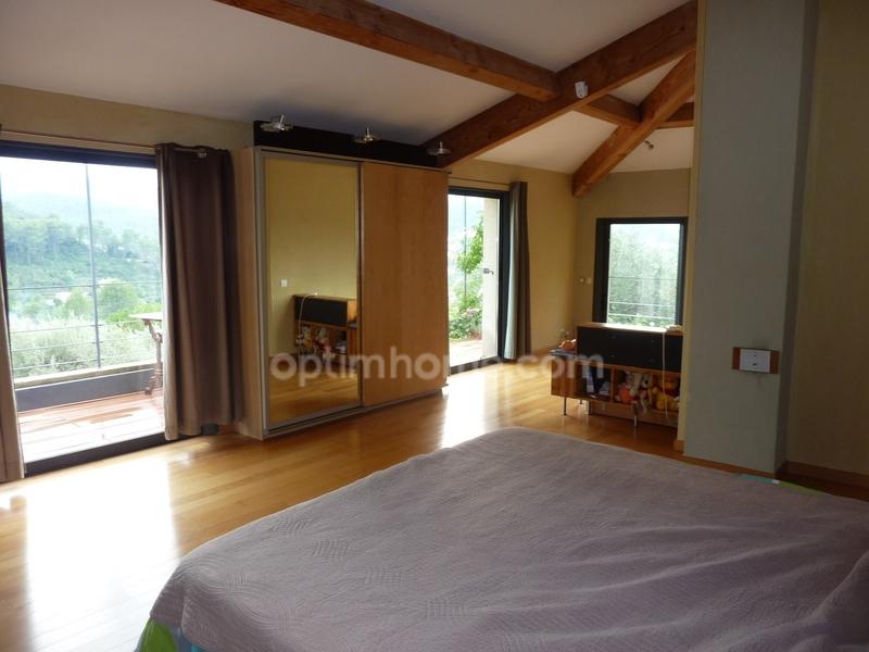Maison de prestige SOLLIES PONT, 220 m², 4 Chambres, 936000€