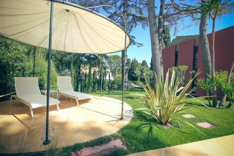 Luxury House for rent SAINT JEAN CAP FERRAT, 374 m², 6 Bedrooms,