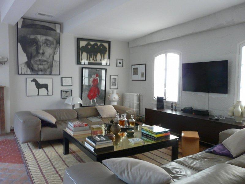 Maison de prestige ARLES, 300 m², 6 Chambres, 1484000€