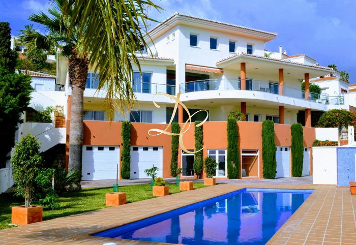 Maison de prestige Espagne, 463 m², 6 Chambres, 1095000€