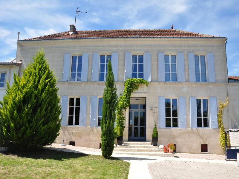 Sale Prestige House SAINTES