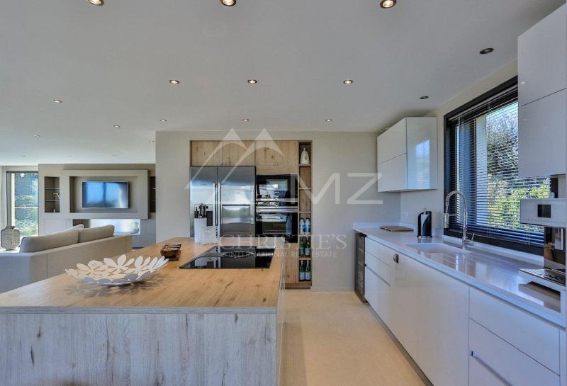 Luxury House for rent GRIMAUD, 270 m², 4 Bedrooms,