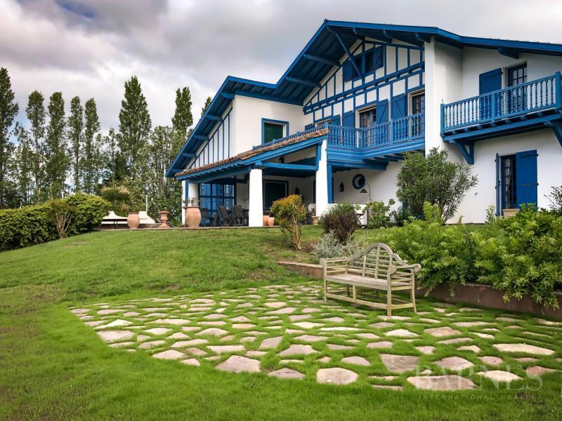 Location Maison de prestige ARCANGUES