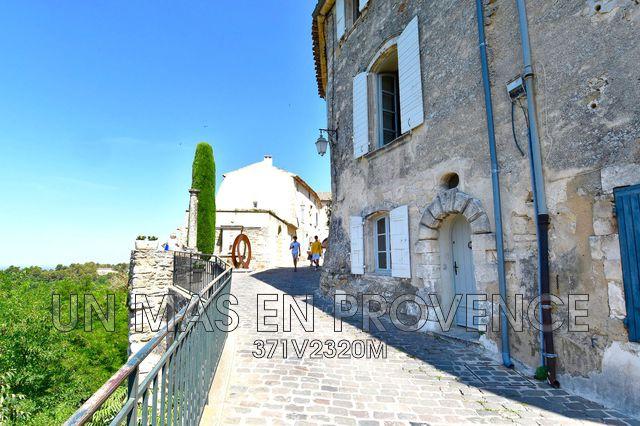 Prestigieuze Villa MENERBES, 122 m², 3 Slaapkamers, 595000€