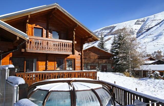 Luxury Chalet for rent LES DEUX ALPES, 130 m², 6 Bedrooms,