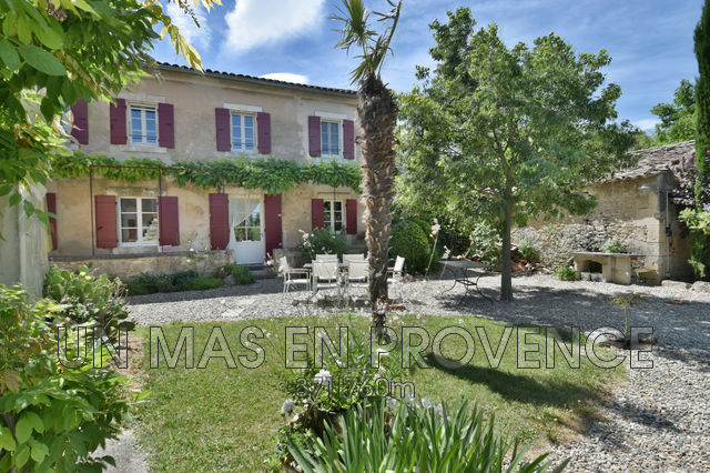 Luxury House for rent GOULT, 300 m², 4 Bedrooms,