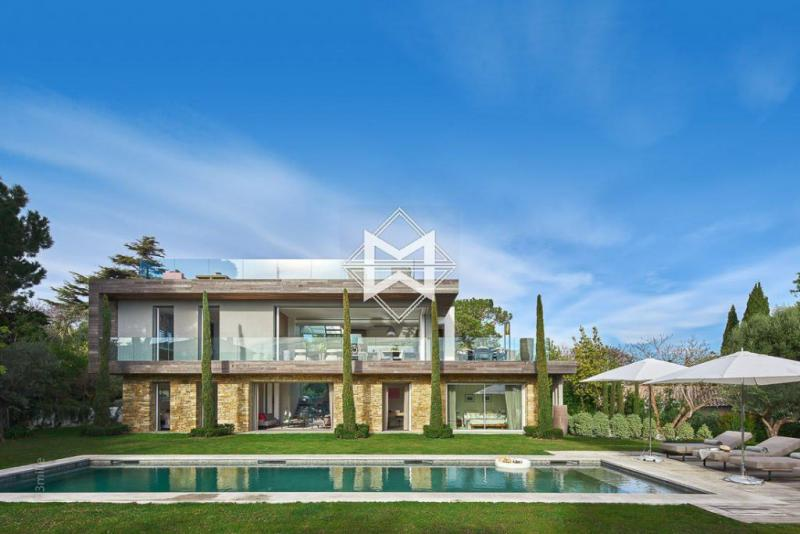 Luxury House for rent CAP D'ANTIBES, 330 m², 5 Bedrooms,