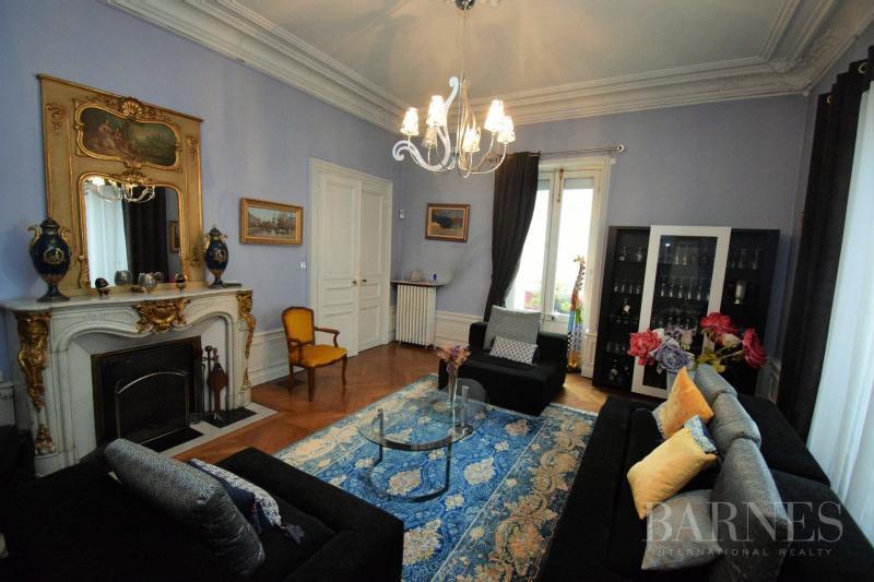 Tenuta di prestigio BOURGES, 320 m², 6 Camere, 660000€
