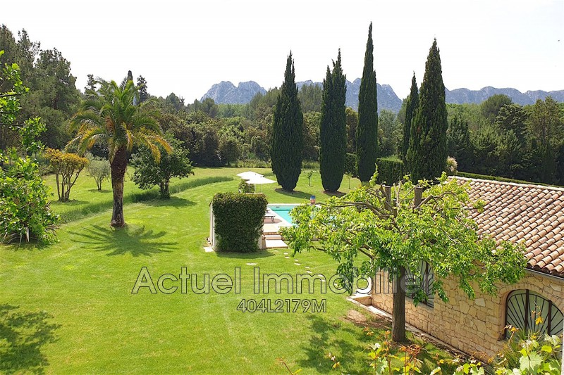 Luxury House for rent EYGALIERES, 215 m², 5 Bedrooms,