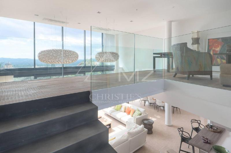 Maison de prestige MERINDOL, 211 m², 3 Chambres, 1590000€