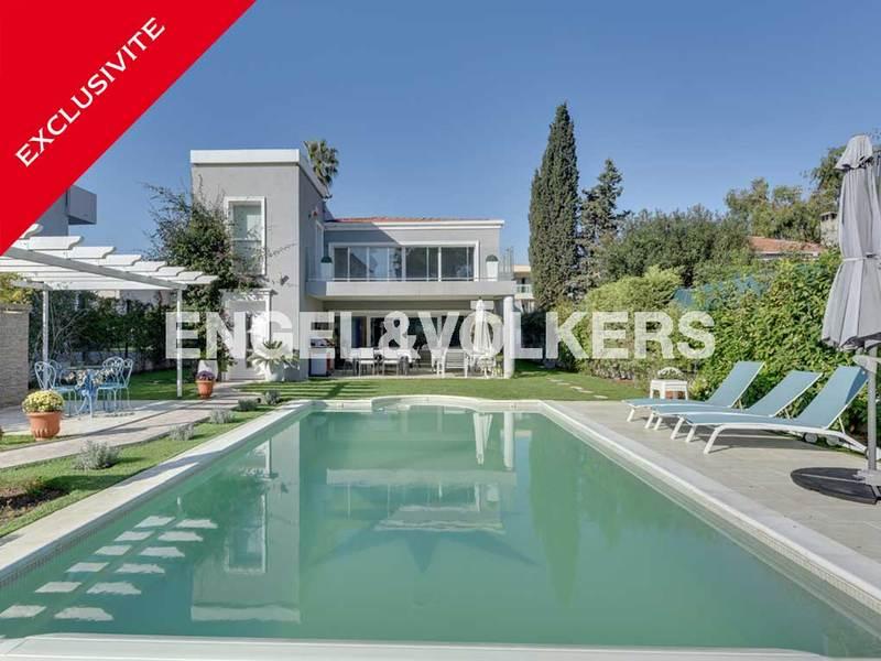 Sale Prestige Villa LE GOLFE JUAN