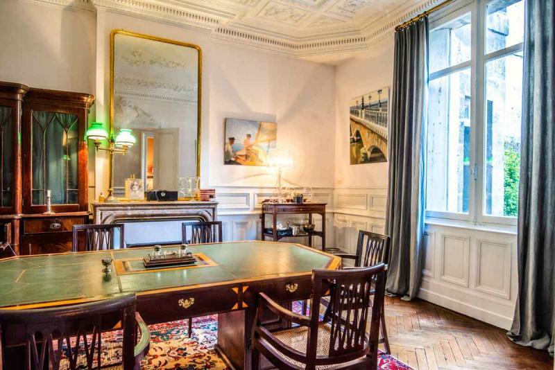 Tenuta di prestigio BORDEAUX, 330 m², 7 Camere, 2288000€