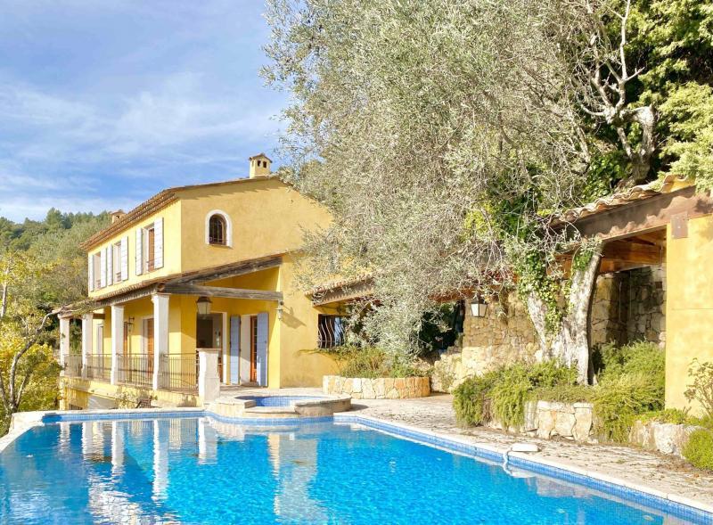 Verkauf Prestige-Villa CABRIS