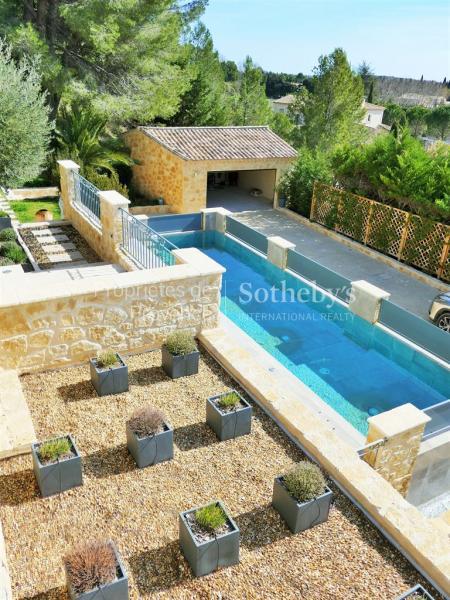 Prestige House LES BAUX DE PROVENCE, 280 m², 4 Bedrooms, €1730000