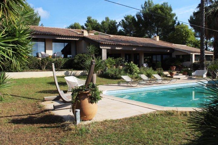 Sale Prestige Villa LA CADIERE D'AZUR