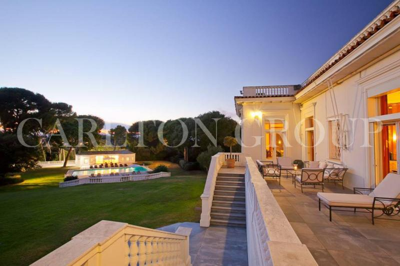 Luxury House for rent CAP D'ANTIBES, 1300 m², 9 Bedrooms,