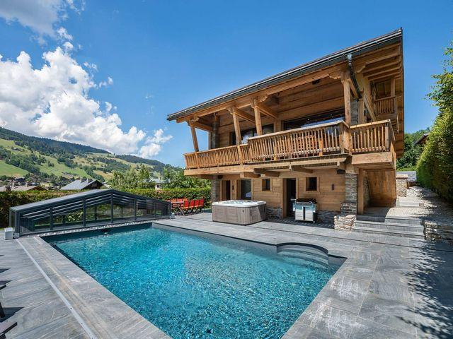 Luxury Chalet for rent MEGEVE, 325 m², 6 Bedrooms,