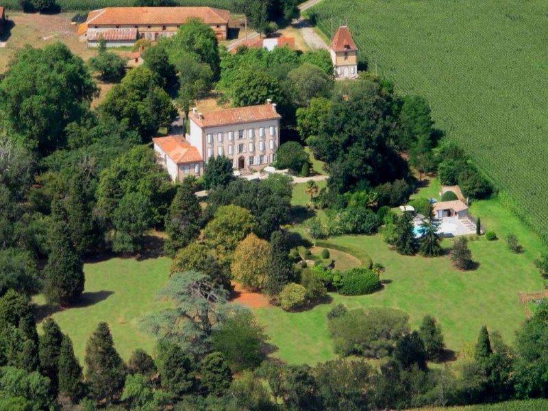 Verkoop Prestigieuze Huis MONTAUT