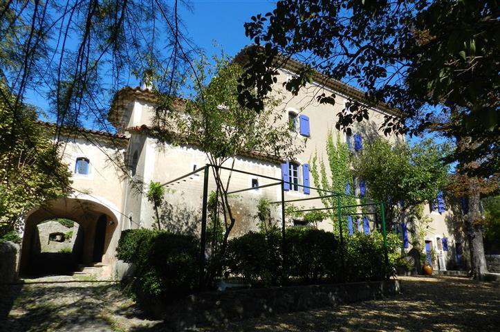 Propriété de prestige ANDUZE, 830 m², 11 Chambres, 1170000€