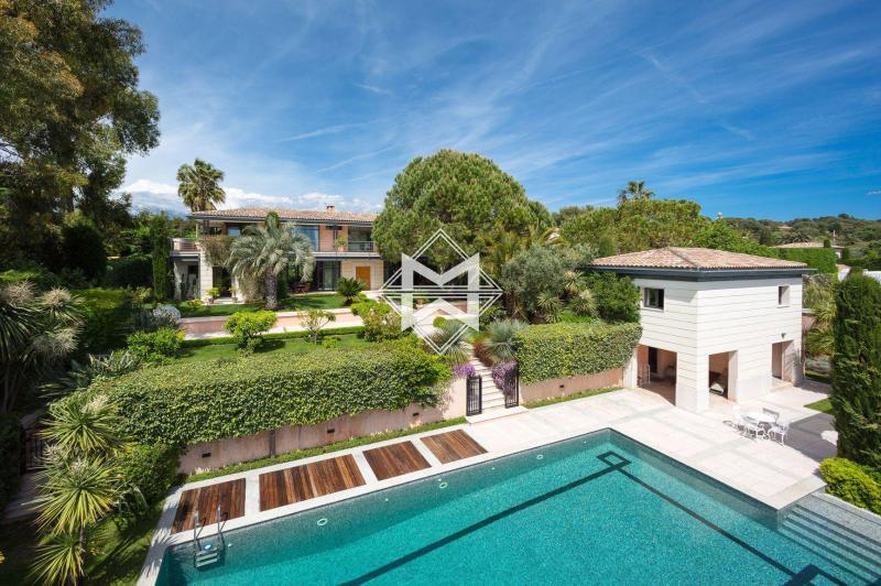 Villa de prestige CAP D'ANTIBES, 425 m², 6 Chambres, 5800000€