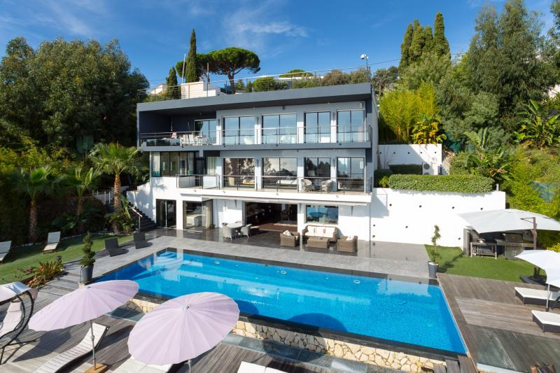 Sale Prestige Property VALLAURIS