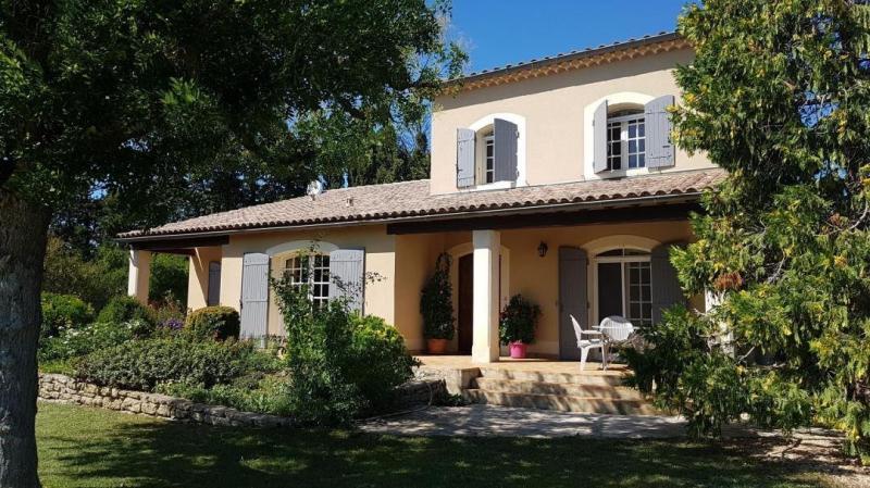 Поместье класса люкс Сен-Реми-Де-Прованс, 170 м², 4 Спальни, 734000€