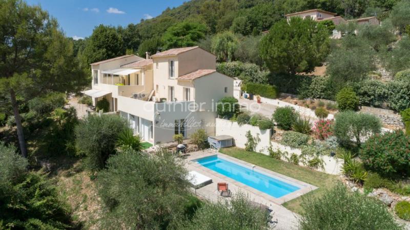 Villa de prestige LE TIGNET, 265 m², 6 Chambres, 735000€