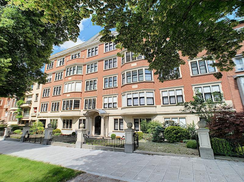 Appartement de prestige BRUXELLES, 450 m², 6 Chambres, 2490000€