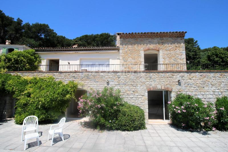 Prestige House VALLAURIS, 300 m², 4 Bedrooms, € 2 750 000