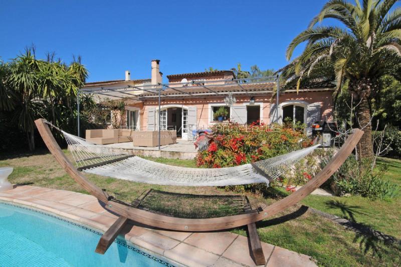 Villa de prestige MOUGINS, 121 m², 4 Chambres, 695000€