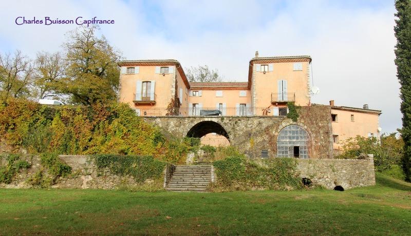 Château / Manoir de prestige SISTERON, 900 m², 16 Chambres, 3360000€