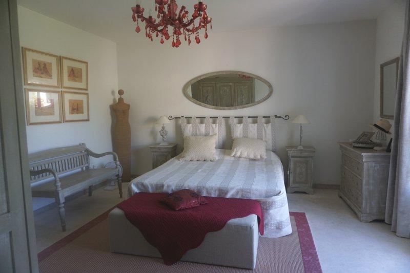 Prestige-Haus SAINT REMY DE PROVENCE, 365 m², 5 Schlafzimmer, 1325000€