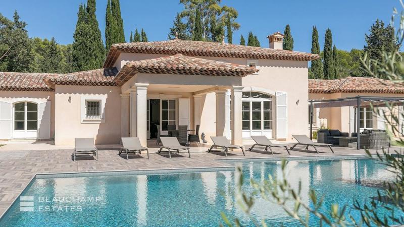 Vente Villa de prestige PUGET SUR ARGENS
