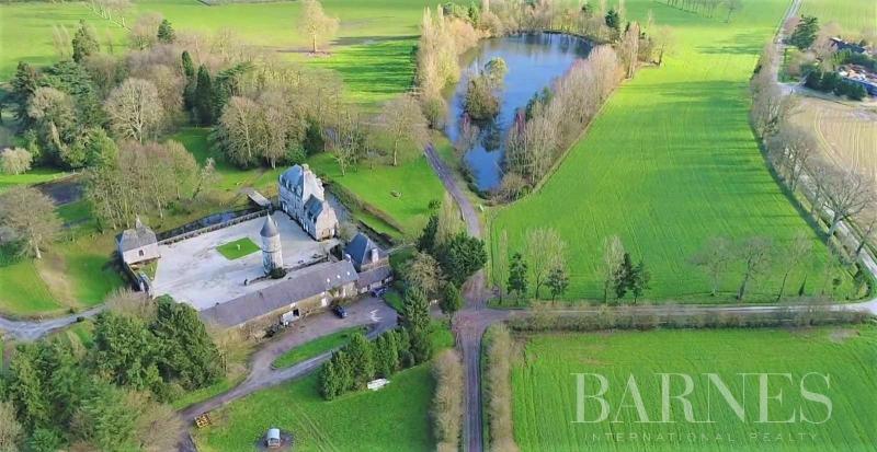 Prestige Castle RENNES, 300 m², 7 Bedrooms, €980000