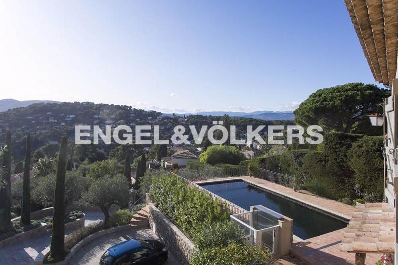 Prestige-Villa MOUGINS, 956 m², 14 Schlafzimmer, 16500000€