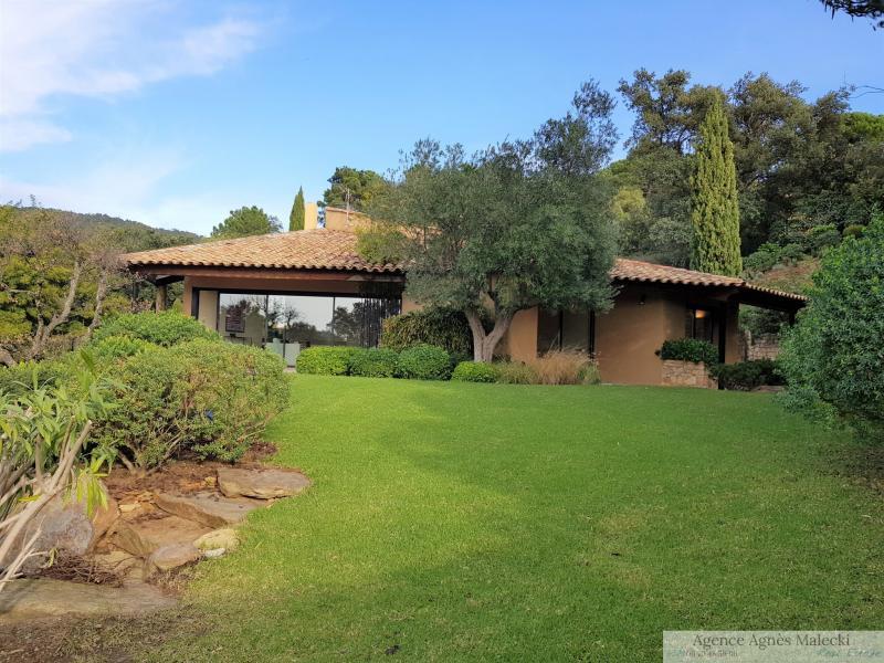 Verkoop Prestigieuze Villa RAYOL CANADEL SUR MER